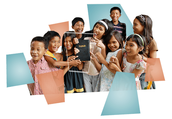 kidswithbible-min